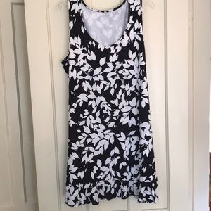 Lands End XL Black and White Flower Dress
